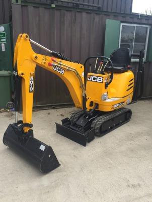JCB 8010 mini-digger plant hire